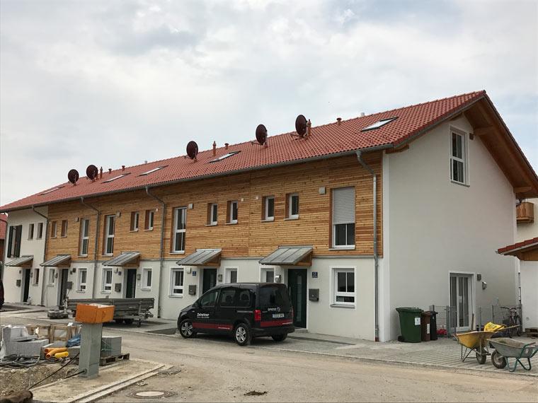 Haus mit Holzverzierung in Sauerlach