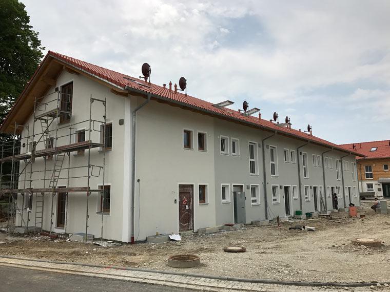 Neubau von großem Haus von der Zehetner Plan + Bau GmbH