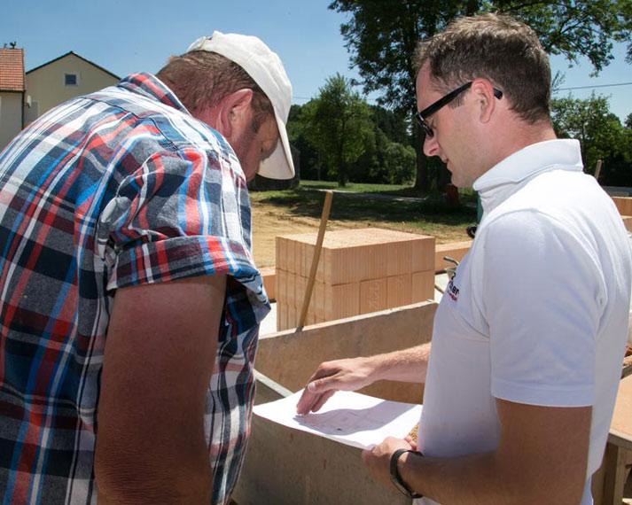 Zehetner Team bei der Planung vom Bau